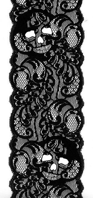 ✯ Skulls Lace ✯ I HAVE FINALLY FOUND A WAY THAT I LIKE TO INCORPORATE SKULLS INTO THE WEDDING!!!!!!!!!!!!!! SO INLOVE!
