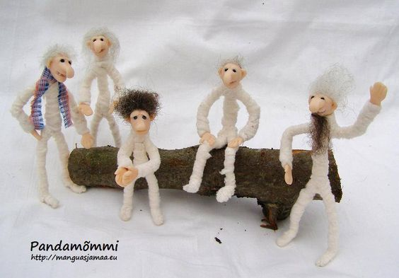Made by Kristi Sakk ca. 12cm long old men decided to make band  & get famous  :P http://manguasjamaa.eu/ https://www.facebook.com/manguasjamaa