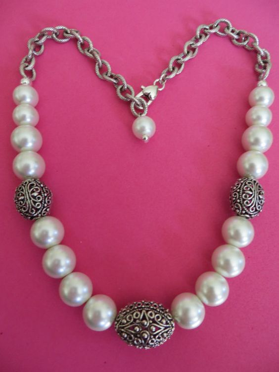 Big chunky white glass pearls & dimensional ornate silver plated beads Necklace
