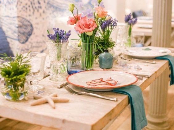 Sea inspired table setting and ideas for your beach themed party -