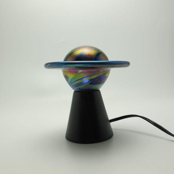 Signed Lundberg Studios 1996 Iridescent Art Glass Saturn Planet Accent Lamp XLNT | eBay