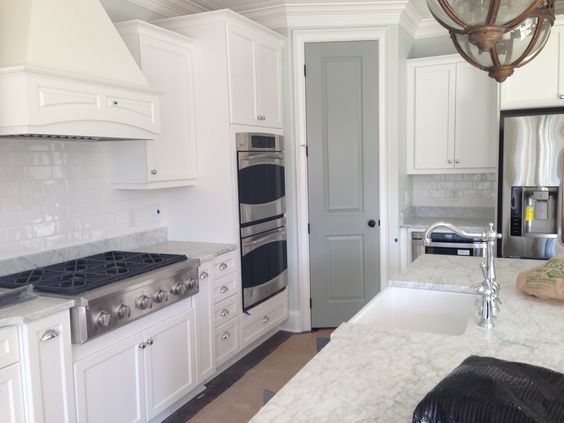Cabinet sw extra white pantry door sw unusual gray - Kitchen cabinets southwest ...