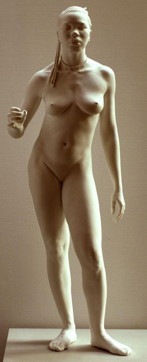 голые на сцене