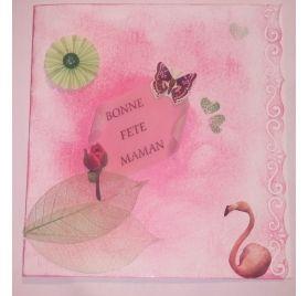 Réalisez une carte de fête des mères avec un flamant rose : Céline