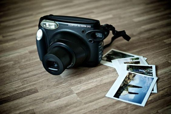 The Instax 210 Wide has a stylish body, creating a stylish impression. http://hubs.ly/y0YdW30 | #instax #fujifilm