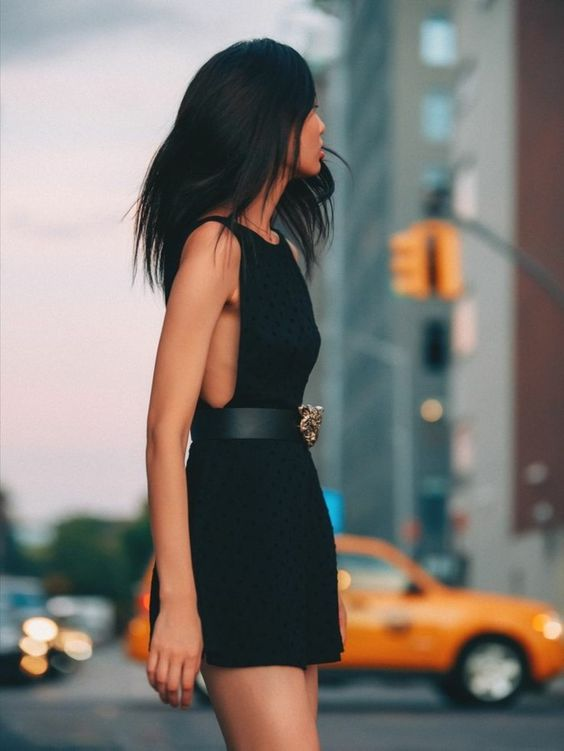 Élégante robe cocktail pas cher robe noire
