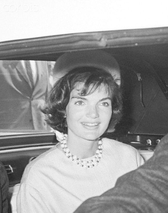Jackie Kennedy Pillbox Hat: Pinterest • The World's Catalog Of Ideas