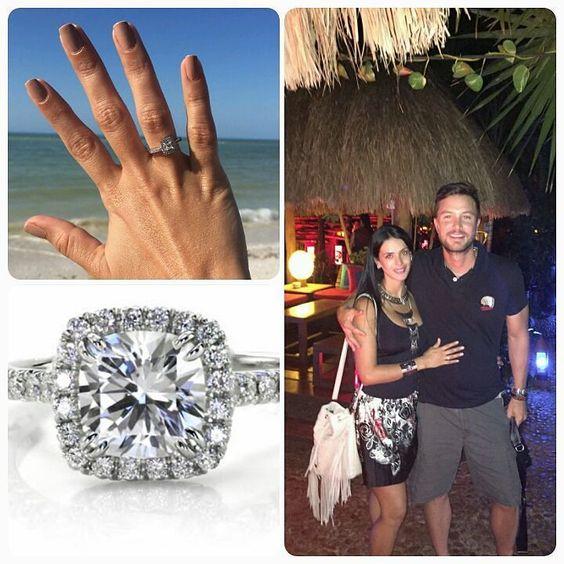 Novios AQUALILA!!! Coco & Mile. Anillo de compromiso oro blanco 18k Diamante central corte princess de 0.2k 20 diamantes blancos corte redondo #ring #diamond #engagement #fashion #jewelry #love #porposal #beach #gold #fb #tw #pin