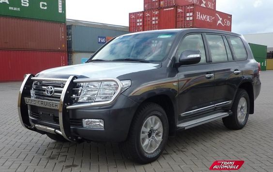 Pare-buffle : Accessoires Toyota Land Cruiser 200 Station Wagon https://www.transautomobile.com/fr/A-1820