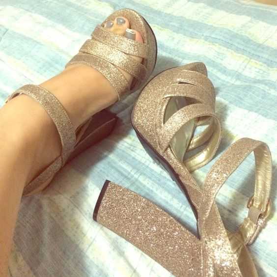 🎉 SALE 🎉 Sparkly chunky platform heels | Pinterest | Shoes heels ...