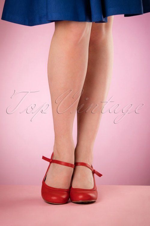 50s Bettie Pumps in Black | style | Bettie page shoes, Shoes