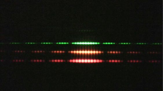 Disentangling the wave-particle duality in the double-slit experiment | Ars Technica