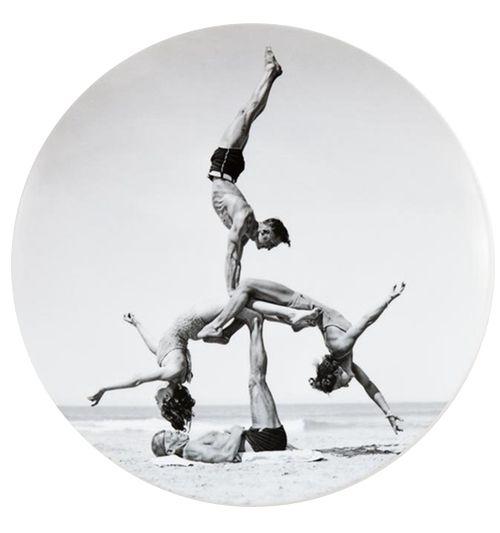 Jeff Koons Plate // black and white, Artware Editions, beach fun