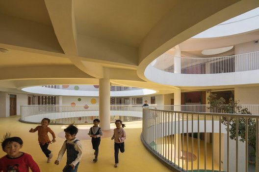 Gallery Of Between Square And Circle Xinnan Kindergarten Jin Niu 11 Circle Stairs Architecture Kindergarten