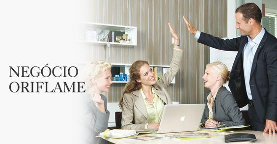 Na Oriflame existem duas formas de Ganhar Dinheiro - Vender Produtos Oriflame e Convidar outras pessoas para se juntarem a si e Ganharem Dinheiro juntos!