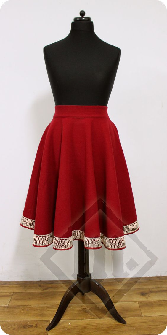 Warm Winter Woolen 50's Circle Skirt Red with by LadyMalinaCom