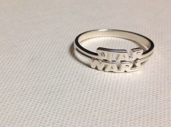 I present the Star Wars Ring, for all those Star Wars geeks and nerds out there that want to display their love for the Star Wars universe. If you are in n