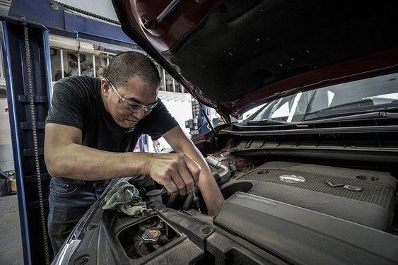 mecanicien automobile
