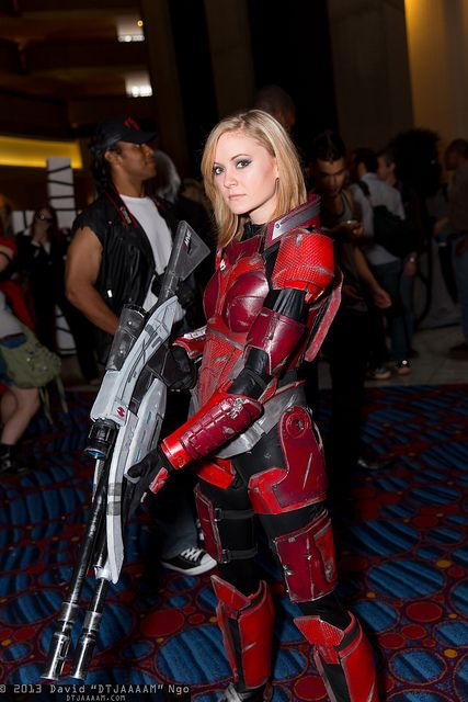 Female Commander Shepard, Mass Effect, Dragon Con 2013. #Rule63