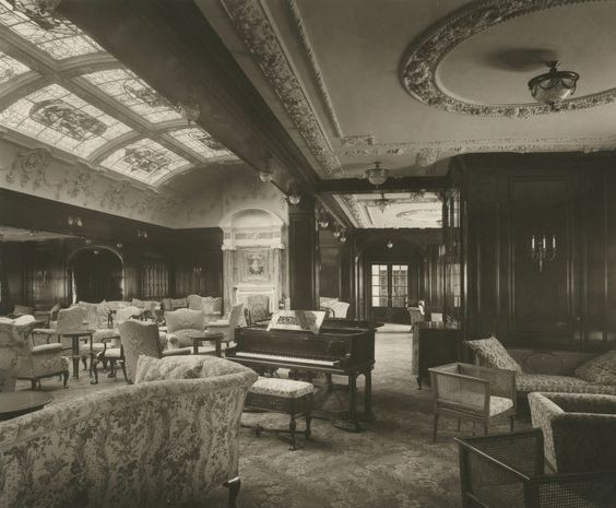 The Lusitania, 1905-1907. First class lounge and music room. Love the way this looks. Would be a nice dance/party/lounge room for events.: