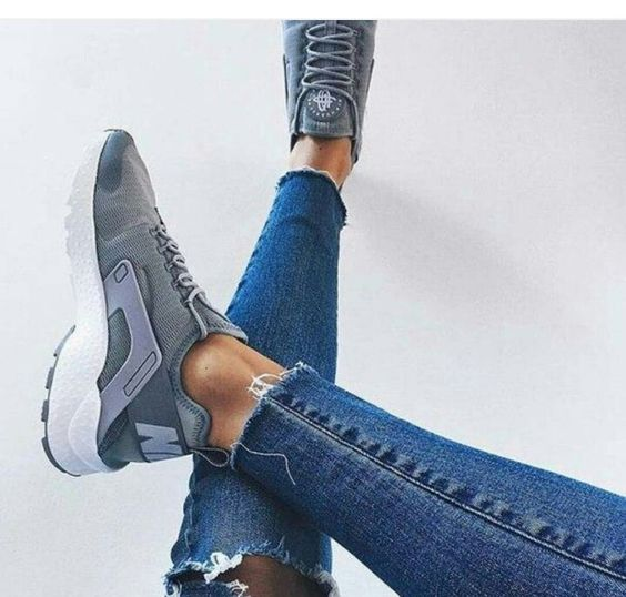 Shoes, grey