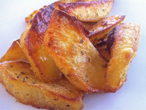 Crispiest Greek Lemon Potatoes (Patates Lemonates) - My Greek Dish