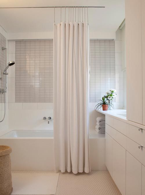 Classic Straight Shower Curtain Rod Installed With Tub Shower