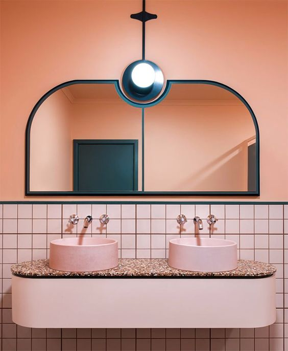 Salle de bain rose terracotta || Studio Bergman and Co