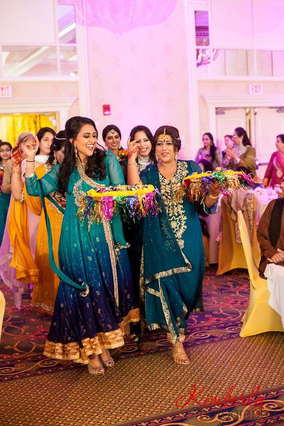 Mehndi Ceremony S Dailymotion : Mehndi ceremony of naureen and talha by kimberly