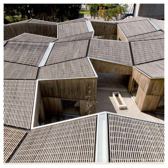 Bruno fioretti marquez kindergarten lugano switzerland for K architecture geneve