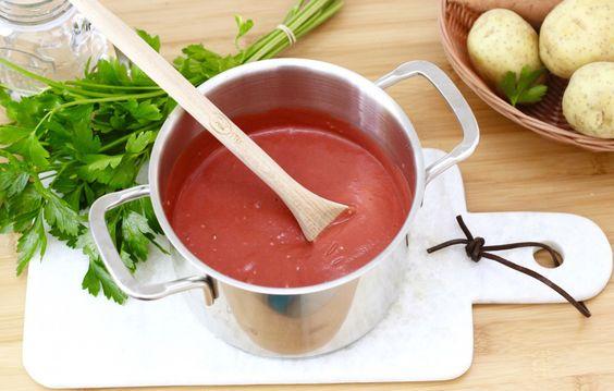 Orientalische Rote Bete-Suppe