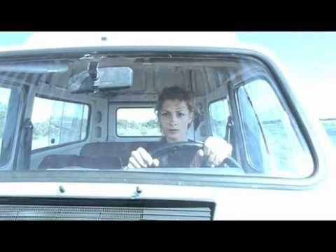 Film: Lucía Y El Sexo by Julio Medem. Song: El Faro: Cuanto Llevo De Ventajas by Alberto Iglesias. Year: 2001.