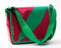 die Tasche stammt auch von mir, Miniaktenbag Rec rot grün