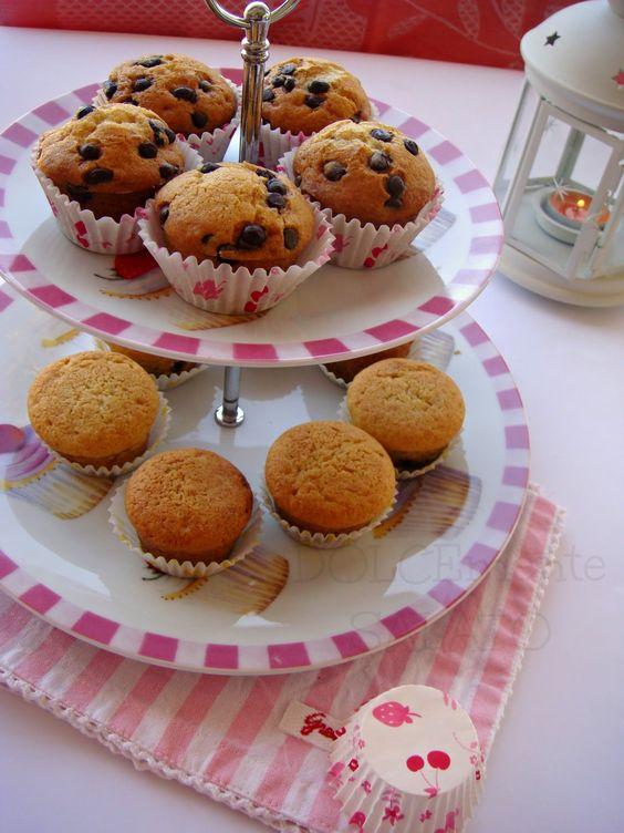 DOLCEmente SALATO: Tortini simil muffin con gocce di cioccolato e con cuore morbido
