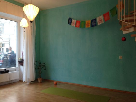 Lotos Yoga Berlin Friedrichshain - daysofyoga.de