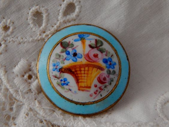 Antique Enamel Button with a Painted Basket of by Lindasbuttons