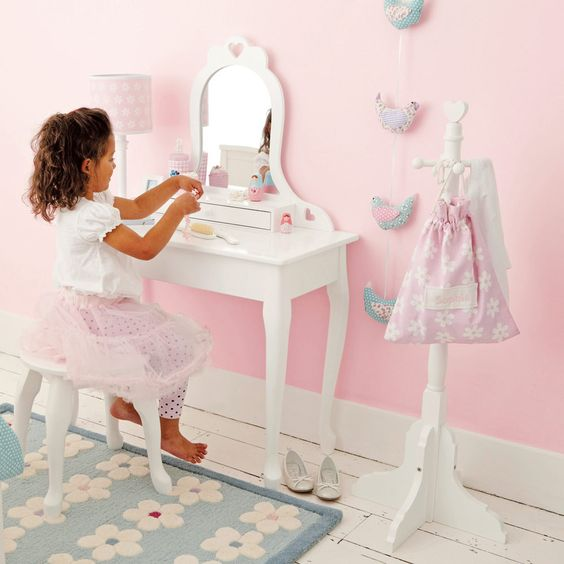 Girls Dressing Table ~ Jewellery box dressing table mirror and tables