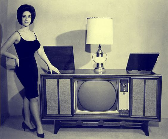 Research paper on 50's tv!?