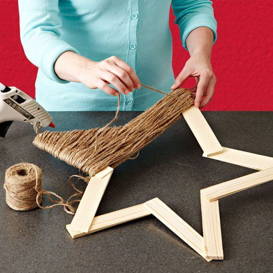 Cute, easy, and rustic!! Twine Star Decoration  Wrap jute around a frame made from wooden shims for a Christmas decoration with a natural, rustic look.  Nice and Very easy to do!    http://lowescreativeideas.com/idea-library/projects/twine-star-decoration