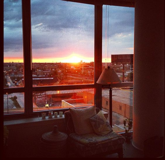 Sunset at K2 Apartments in Chicago