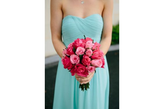 Bridesmaid bouquet - Think pink!