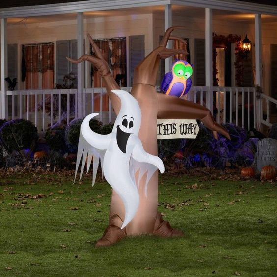 Outdoor Halloween Decoration Yard Inflatable Ghost Lighted Airblown Haunted…