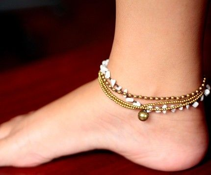 I love ankle bracelets..I will for sure being making some along this line