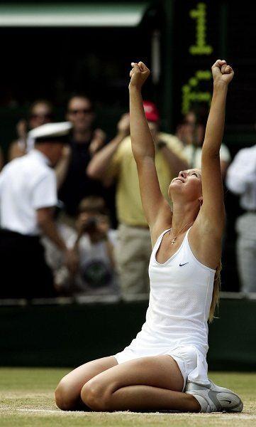 Sharapova wins the Wimbledon women's singles title at age 17
