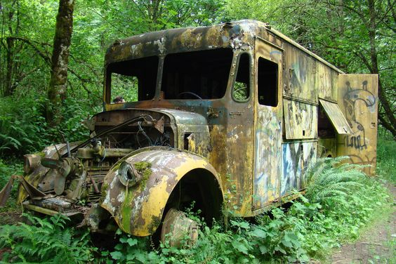 Abandoned Rescue Vehicle - Gresham Butte