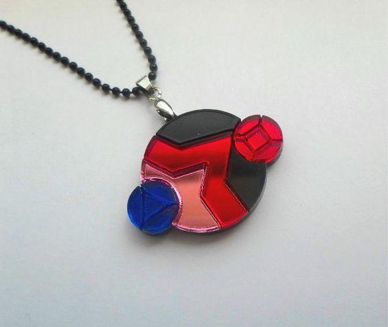 He encontrado este interesante anuncio de Etsy en https://www.etsy.com/es/listing/232623622/garnet-steven-universe-necklace: