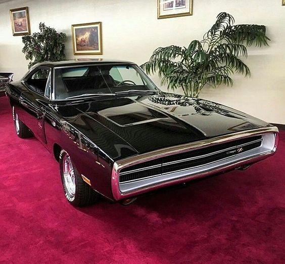 from @mopar.legends -  Stunning 70 Charger R/T! Photo > @sevenethre  #70ChargerRT #Dodge #pin  #twitter - #regrann