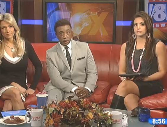 THE APPRECIATION OF BOOTED  NEWS WOMEN BLOG           : KRISTI CAPEL IS SERIOUS ABOUT BOOTS SEASON!!!