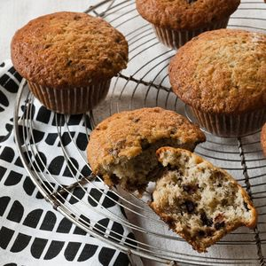 HD-201005-r-choc-banana-muffin.jpg