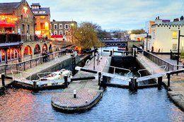 Camden Town City Guide:  http://www.prestigeapartments.co.uk/city-guide-details.cfm?region=1&town=Camden%20Town
